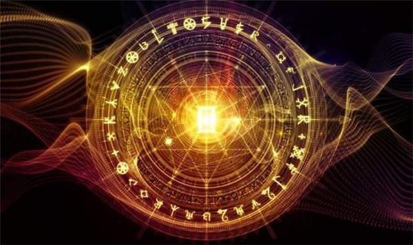 六爻占卜断六亲属相详解,六爻占六亲属相断卦实例技巧